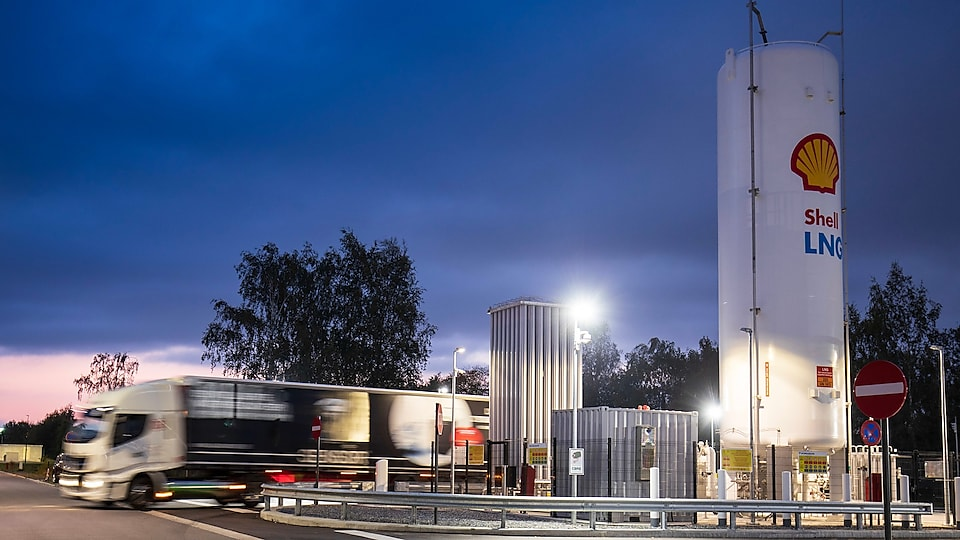 Shell LNG Fuel for Road Transport